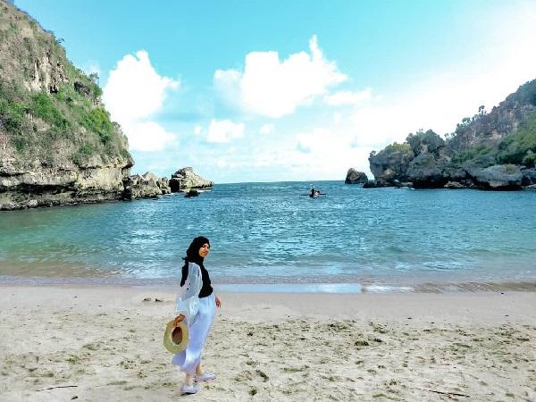 Panorama Pantai Krakal Gunungkidul Wisata Surfing Terfavorit di Jogja 13