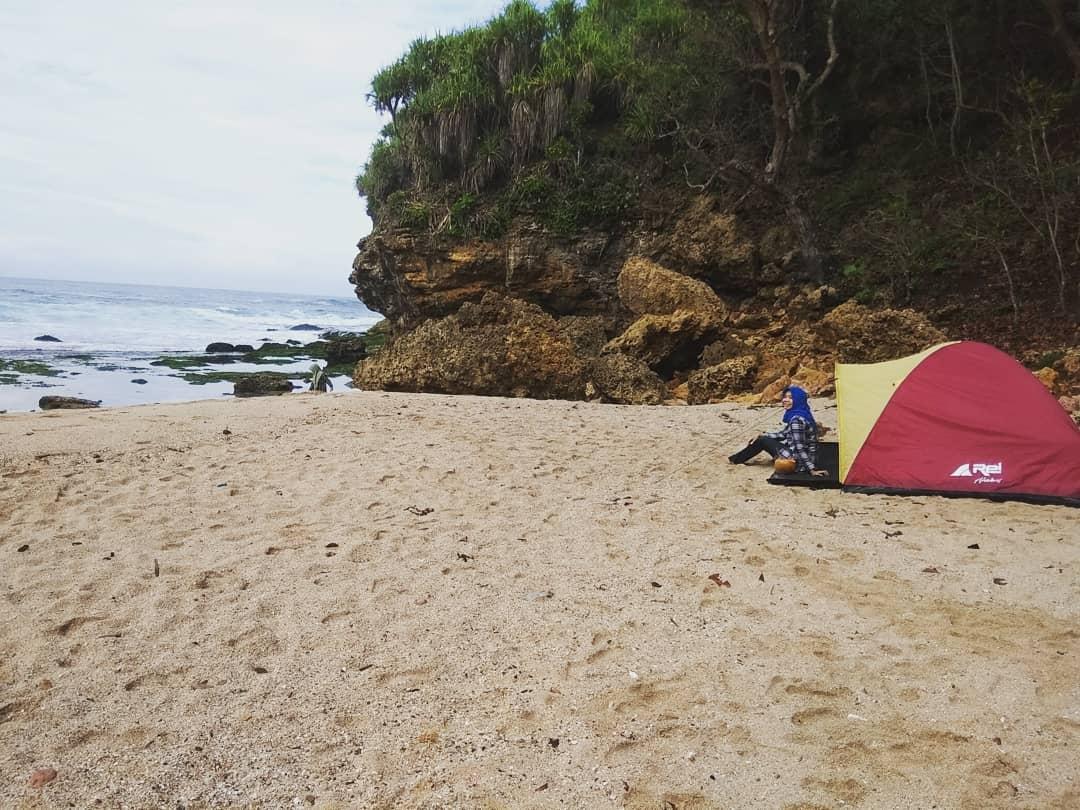 Wisata Pantai Ngetun Gunungkidul Destinasi Terbaru Liburan di Jogja 3