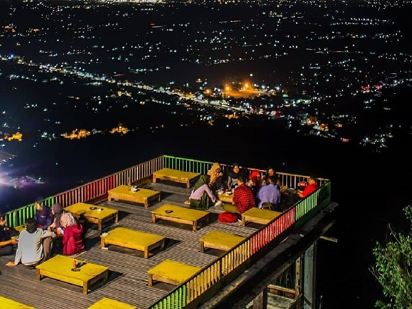 Bukit Bintang Jogja, Tempat Terbaik Menikmati Panorama Yogyakarta Dari Ketinggian 9