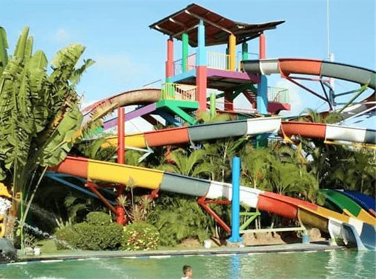 wahana air di jogja grand puri waterpark