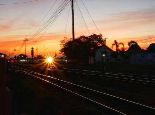 stasiun lempuyangan ke malioboro berapa menit
